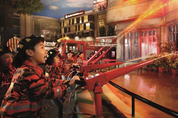 KidZania Kuala Lumpur (Kids Role-Play Learning Indoor Theme Park)-Family Visit
