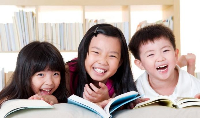 12 Top Titles for Toddlers' Reading Development