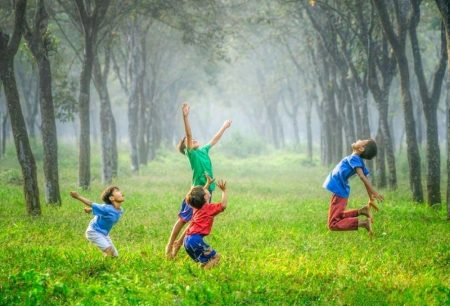 Kids Who Grow Up In Kampung, Become Happier Adults, Study Finds